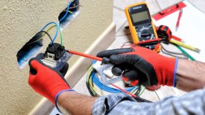 5 Common Reasons Why You Might need an Electrician's Help