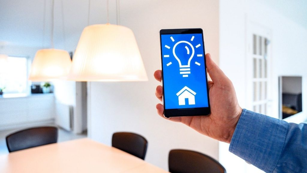 Why Go for Smart Lighting for Your Home or Office_