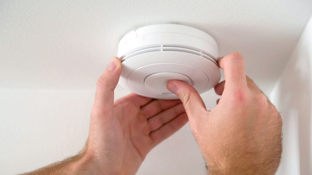 How to Check if Your Smoke Alarm is Working